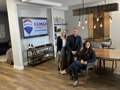 Top story b93c3a80fb41f912e5c5 remax instyle