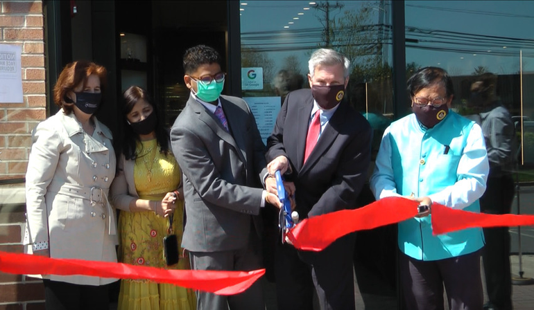 A Grand Opening for Jewelry Design Lab in Piscataway