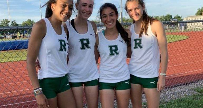 ridge girls track 4x800 m of c.jpg