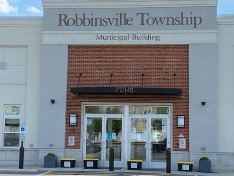Robbinsville Municipal Building 1.jpg