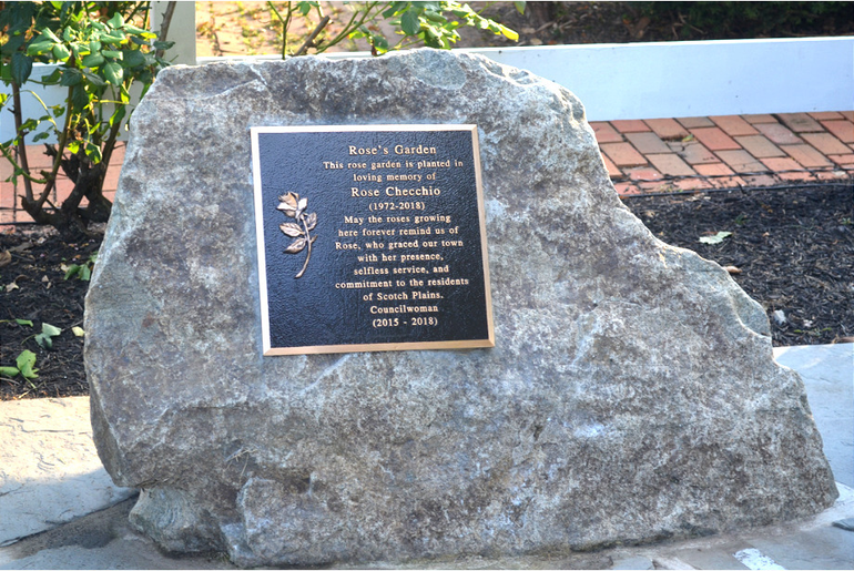 Plaque at Rose's Garden in Scotch Plains