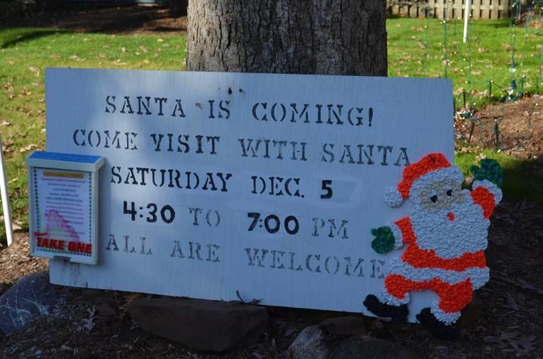 Santa will visitFanwood's Famous Christmas House