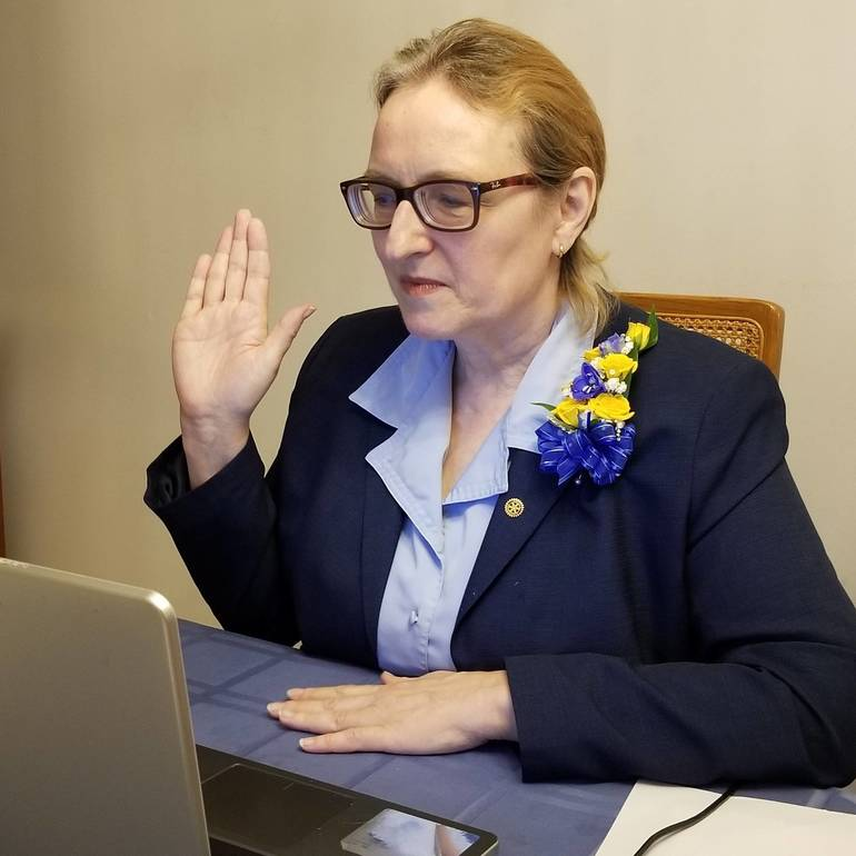 Fanwood-Scotch Plains Rotary President Julie Murphy