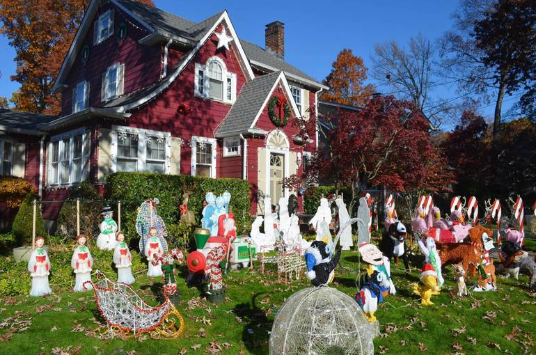 Fanwood's Famous Christmas House