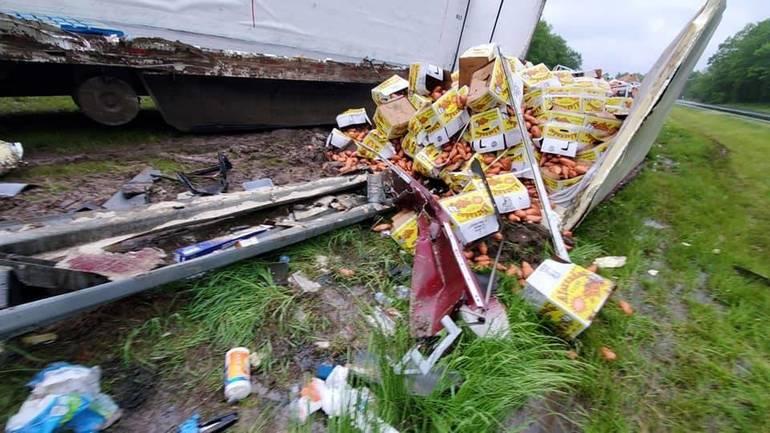 route 78 potato spill 3.jpg