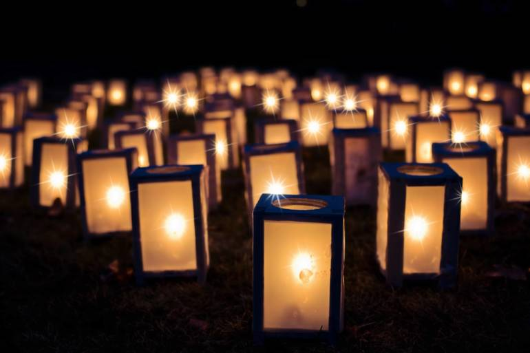 Roxbury Cub Scouts Aim to Make Town Glow for Holidays