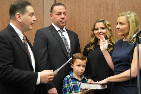 Top story 0741f070bf90eda3953b rose checchio swearing in