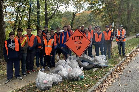 Top story f081ad90f17ae9c0af46 roxbury roxbotix team cleans up righter road