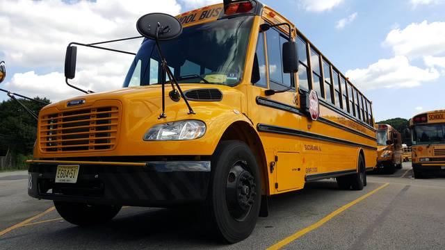 Top story f9b4f23a8da2fe9f8054 roxbury school bus