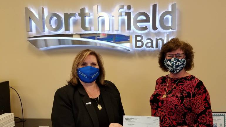 Mobile Meals of Westfield Receives Donation from Northfield Bank