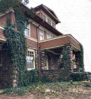Carousel image d90dbffb7c6f7e90b02d runyan house alt2  1   1