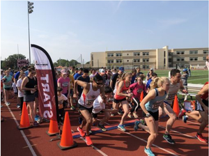 Carousel_image_dd68576c682d44cc2046_runners_start_at_10th_annual_run_for_our_schools_at_harriton