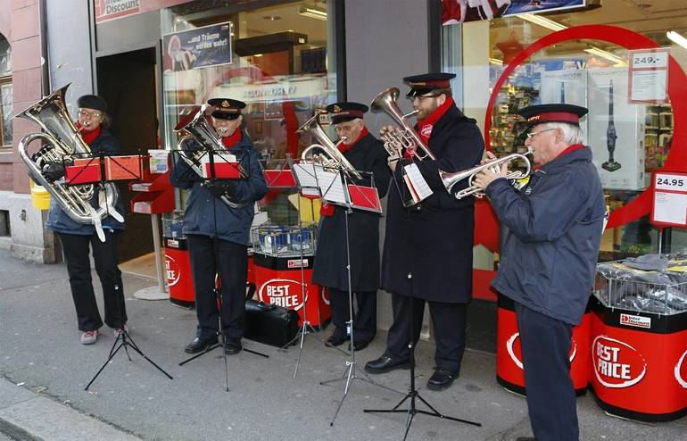 salvation-army-551858_1280.jpg
