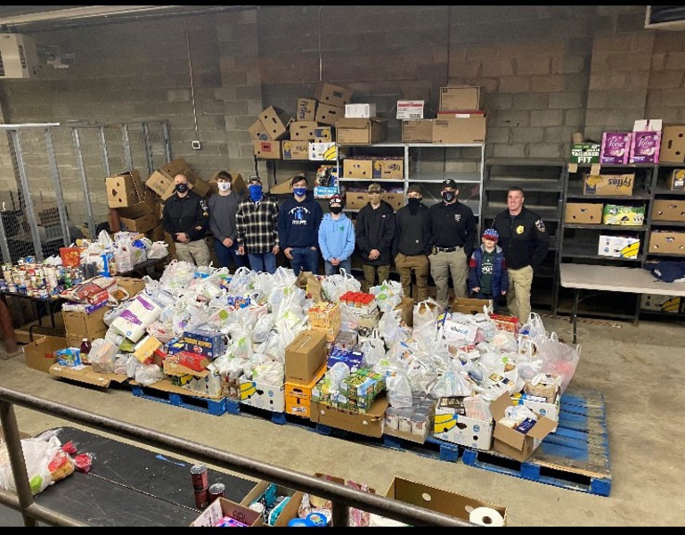 Sparta Police 'Stuff the Bus' for Sussex County Food Pantry