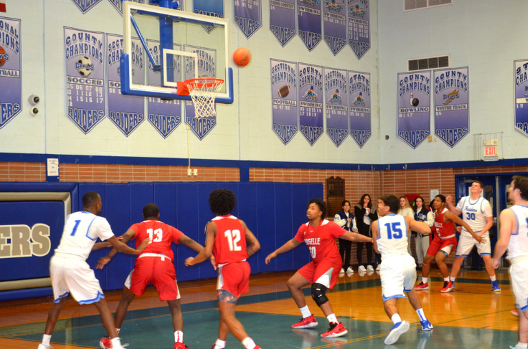 Scotch Plains-Fanwood's Dean Johnston takes a first quarter shot. .png