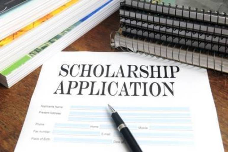 scholarship app(1).jpg