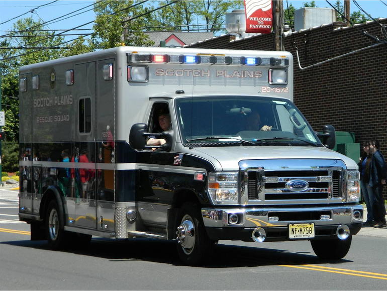 Scotch Plains Rescue Squad Ambulance.png