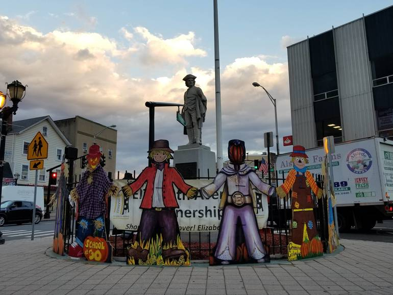 Scarecrows around the Square I.jpg