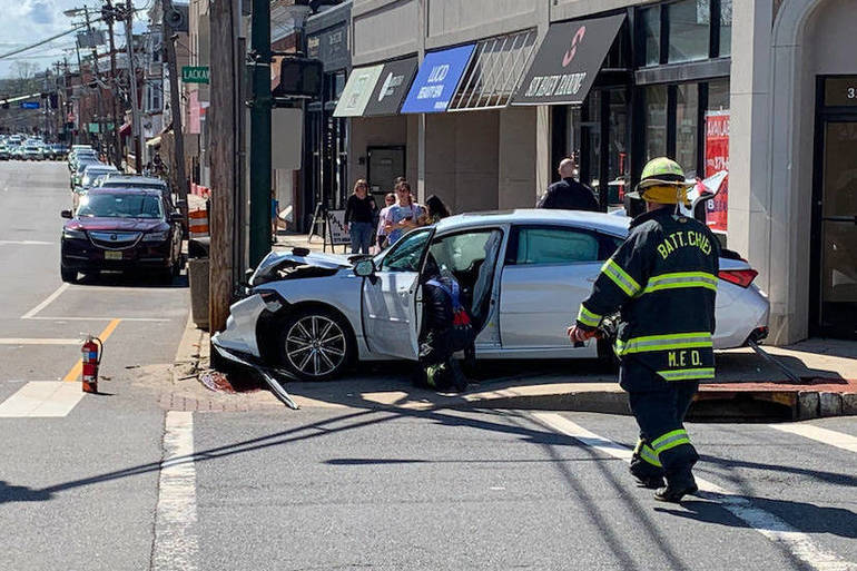 Millburn Resident, Bystanders Pull Injured Passenger From Crashed Car