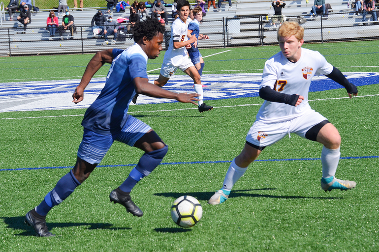 Scotch Plains-Fanwood's Thomas Rodriguez and Summit's Ben Luckner.png