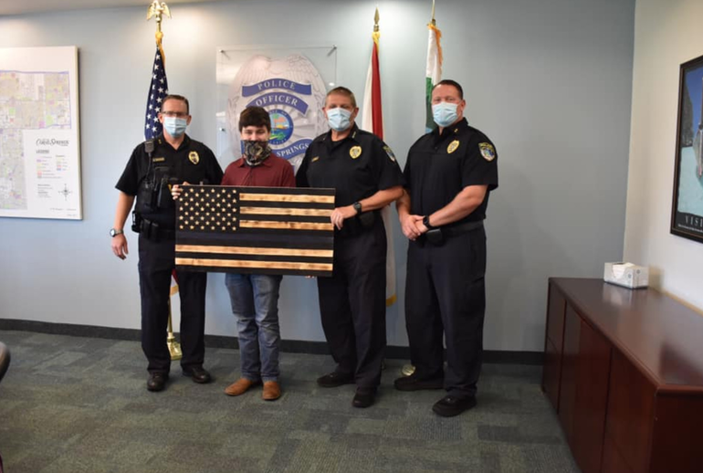 Coral Springs Teen Creates Wooden Flag To Honor Local Police