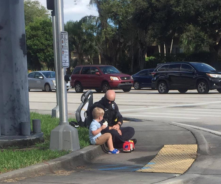 Coral Springs Police Officer's Act Of Kindness Captured In Photo