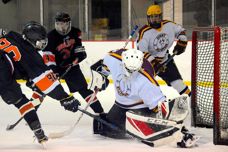 Summit H.S. Boys Hockey Advances to 'States Semis with 5-1 Win Over Middletown North
