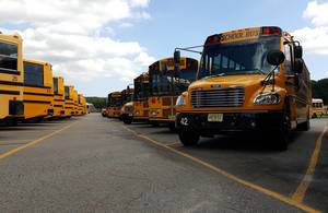 Carousel_image_712d151a4f14bec532e7_school_buses