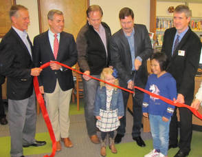 Carousel image eeab10b4774805c8a4d6 scbopen1 ribbon cutting king lanza unk holt