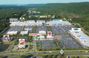 Roxbury shopping, Ledgewood Mall, Shops Ledgewood Commons,