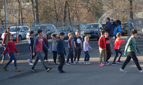 Top story cbb5eb117fd7583bdfe7 school one students participate in  emergency evacuation drill