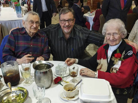Top story 1b8310e781f300a1a301 seniors holiday lunch 2 2018