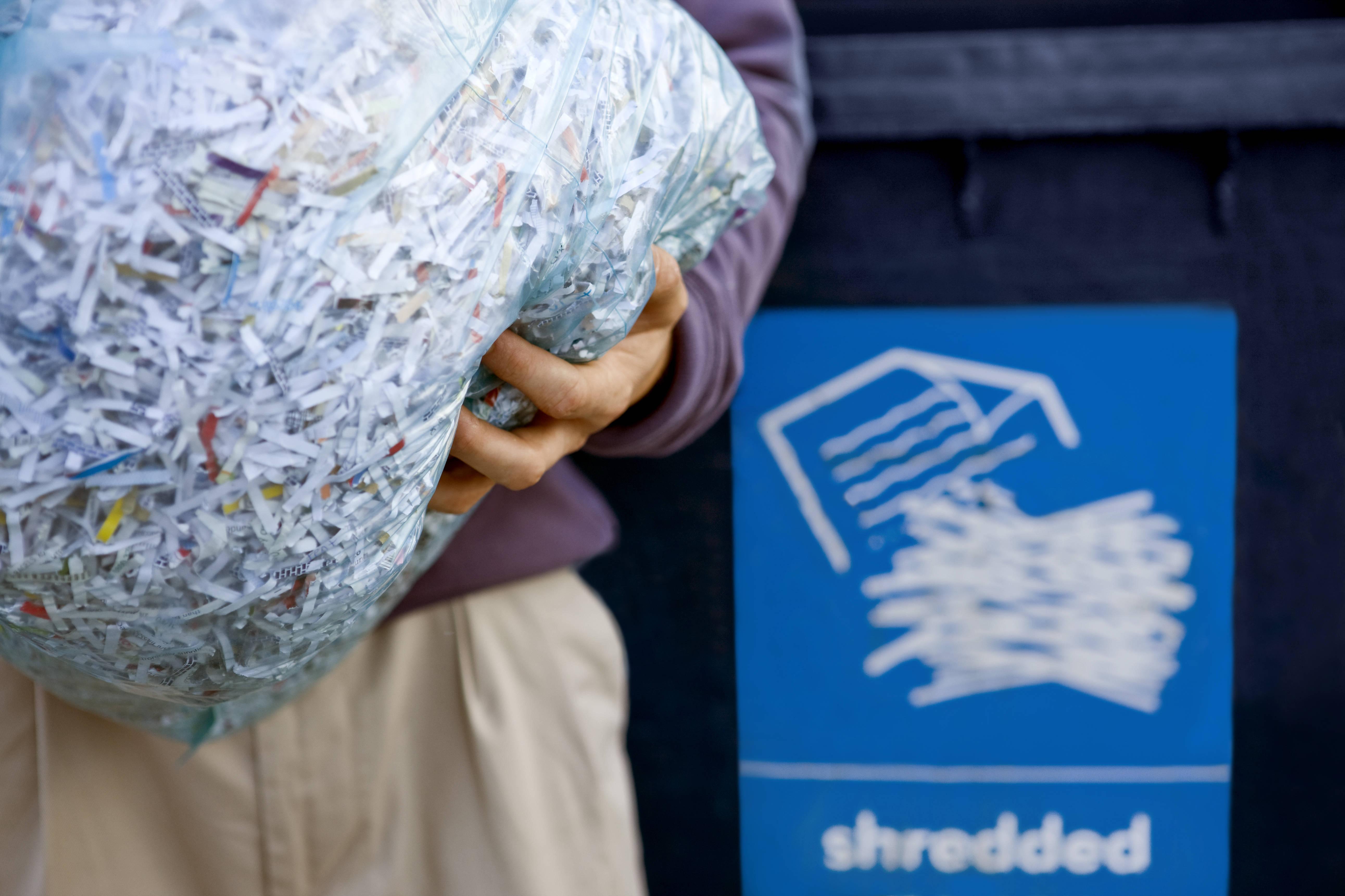 shutterstock_387630100 paper shredding.jpg