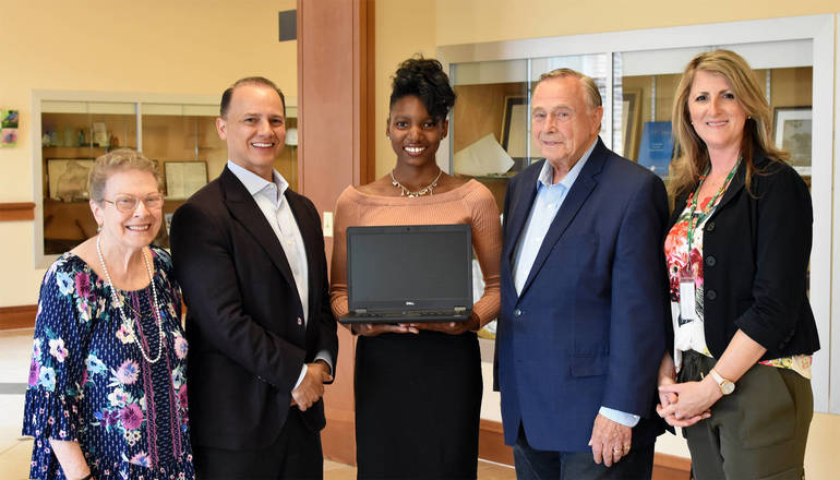 Philanthropic Livingston Teen Raises Money for SYLS Senior Programs Laptop