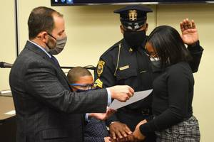 Carousel image cabded85eaa8df85a3c6 shawn johnson is sworn in as sergeant with the scotch plains police