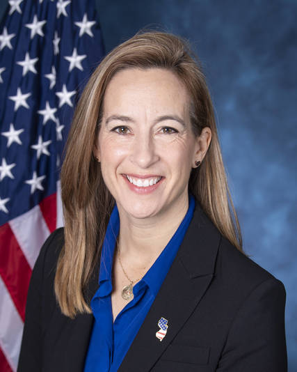 Top story 5a8ecb4cd36143b07f70 sherrill  mikie official courtesy of mikie sherrill