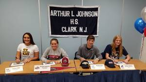 Carousel image 492b16ea927bd079a6ec signing day pic  2  11.15.18