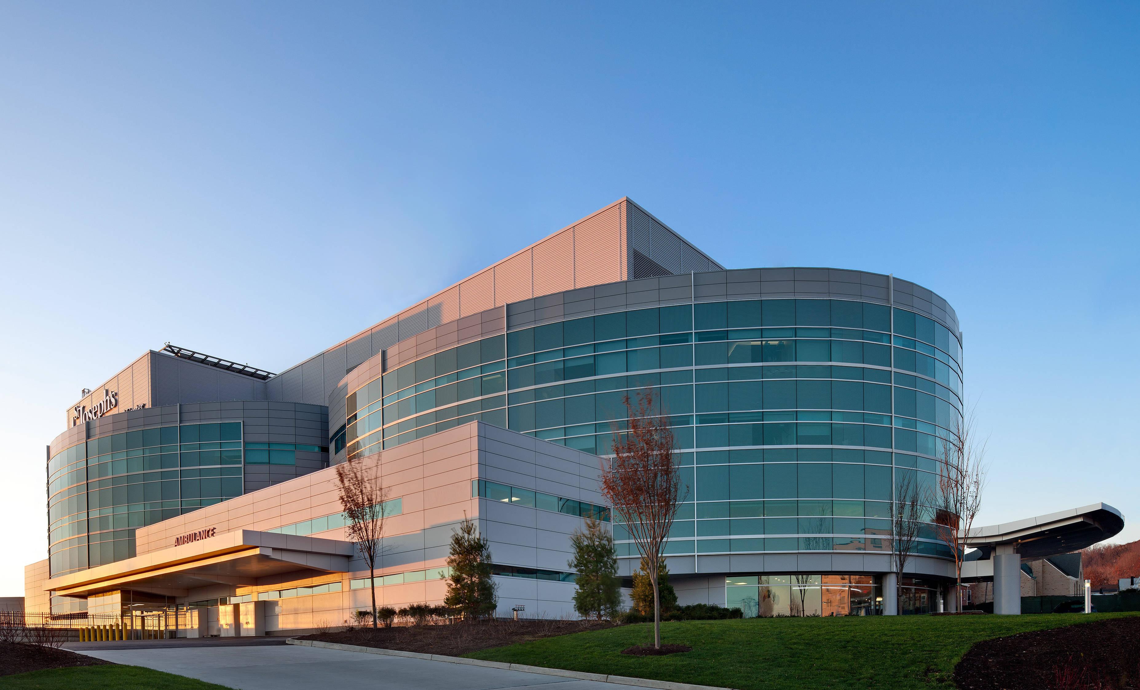 SJRMC Exterior Critical Care Tower_RET.jpg