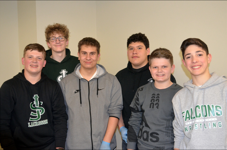 SJS - Saint Joseph students help deliver sandwiches for the homeless (9).png