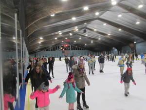 Carousel image e5e41db559460f87cf08 skate