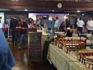 Carousel image d8dab9b290949d2c7dcd slow food market 2