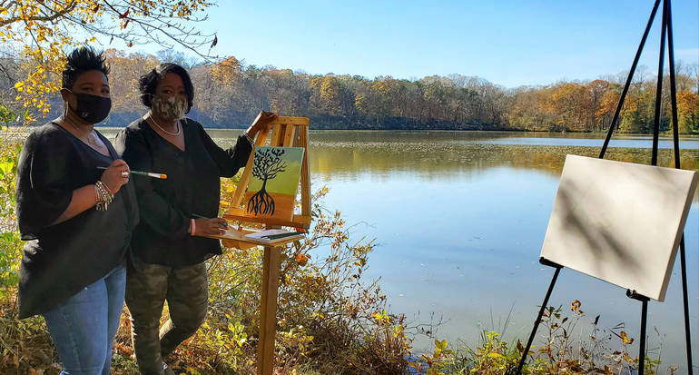 Local Artists Invited to Use Easels in Historic Smithville Park