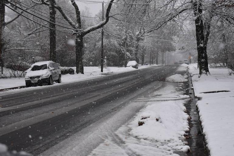 snow falls in westfield