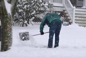 Carousel image 6928425106510754e32c snow shovel
