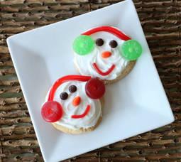 Carousel image ab8b02b439ce80824fa7 snowman head cookies 3