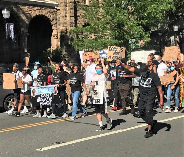 sompixprotest613unitedreformedchurch.jpg