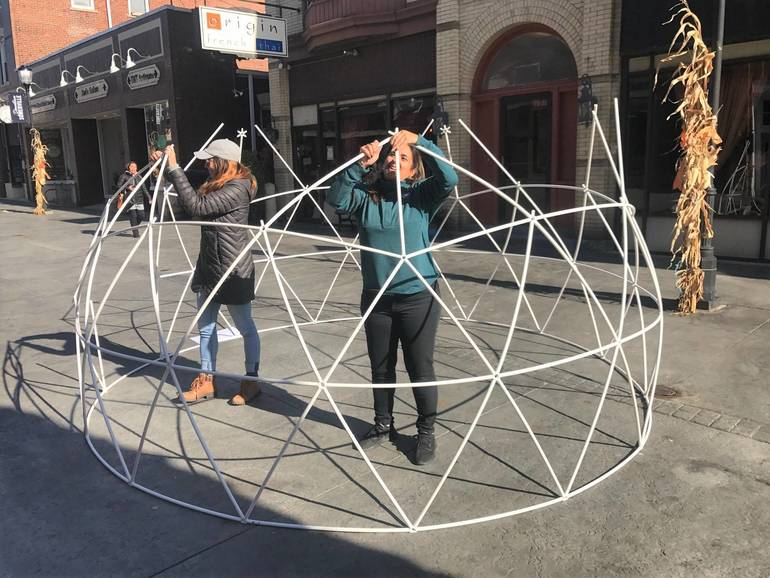 Somerville: An Igloo On Division Street? Yes. Next To The