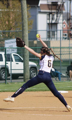Varsity Softball: Bears Continue Winning Streak