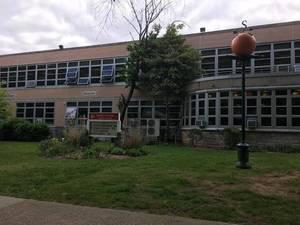 Carousel_image_a0646e3ef0730aac9e4a_south_orange_middle_school