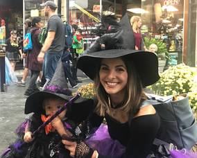 Carousel image d2e51cac27536e80f527 sompixhalloween2019twowitches